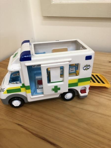 G93: Ambulance