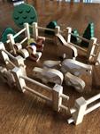 F253: Wooden Farm set