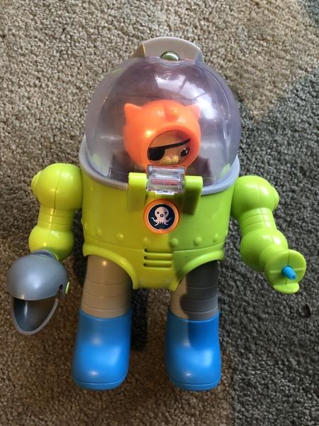 F257: Octonauts Max Suit
