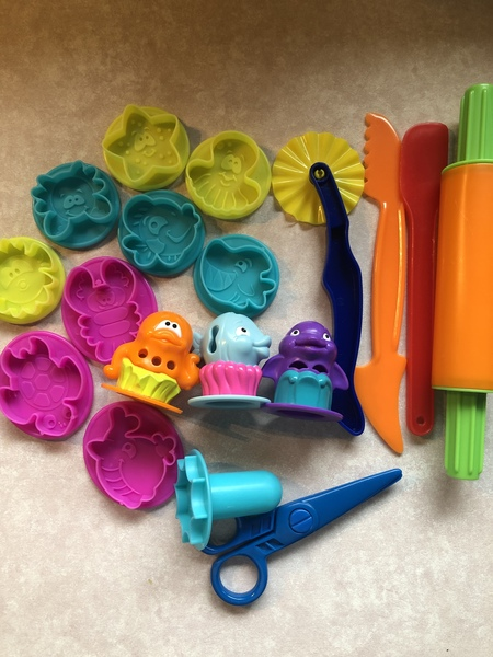 L110: Playdough Sea Life Set