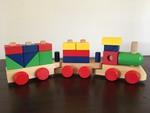 C1: Melissa & Doug stacking train