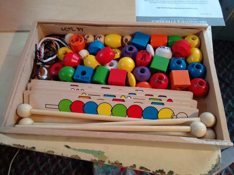 37: Big Wooden Beads - Threading game
