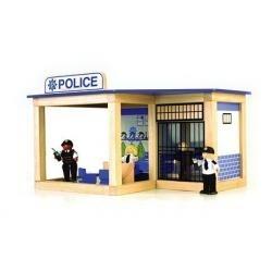 198: Wooden Police Station/Police Car