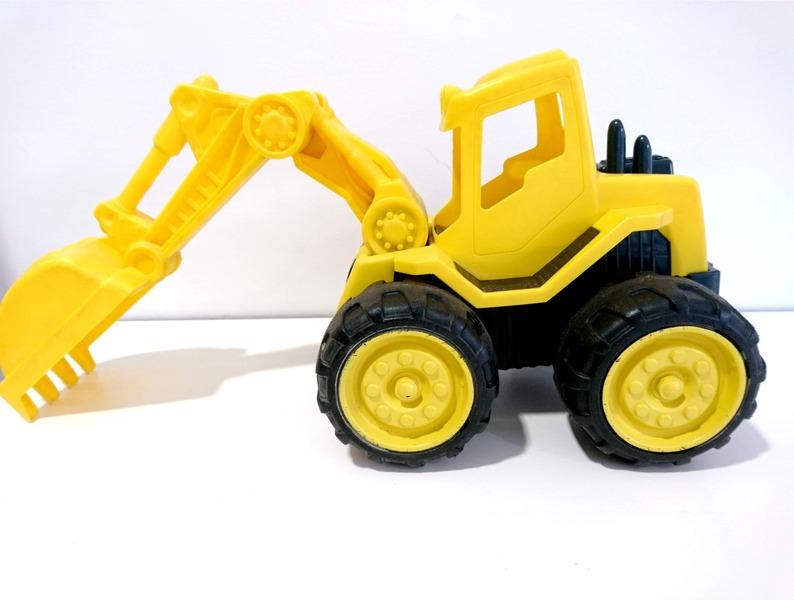 E509: L/T Dirt Diggers Excavator