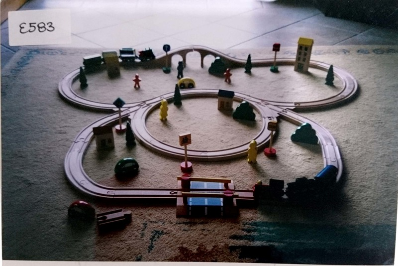 E583: Wooden Train Set 2