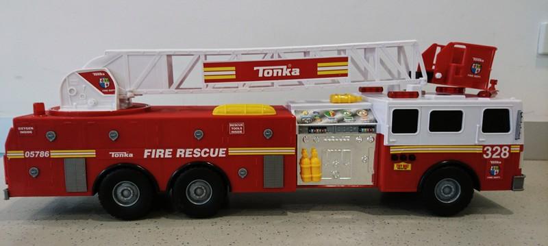 E495: Jumbo Tonka Fire Engine