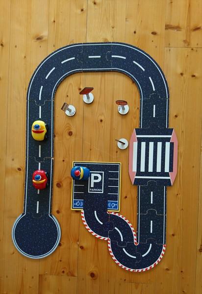 E00002: Tuzzles Roadway