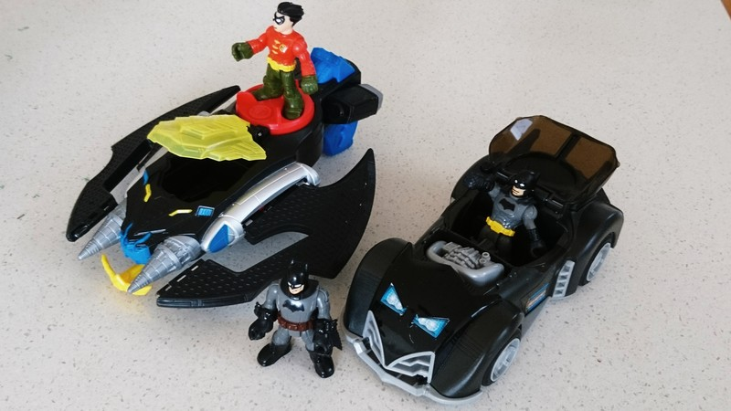 E1479: Batplane & Batmobile Set PC