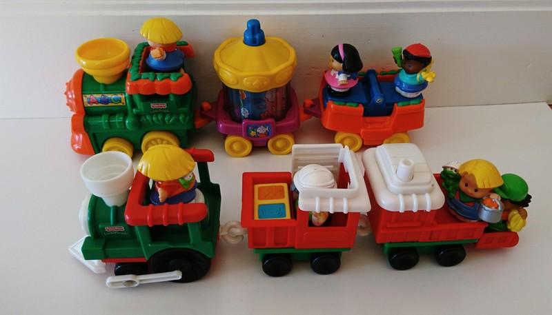 E1574: Musical Trains Set of 2