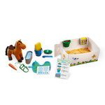 E1585: Feed & Groom Horse Care Play Set
