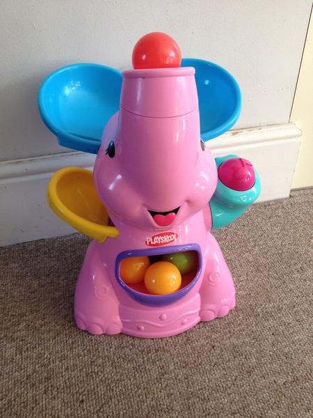 0056: Elephant Ball Popper