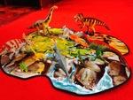 1026: Dinosaurs Play & Store