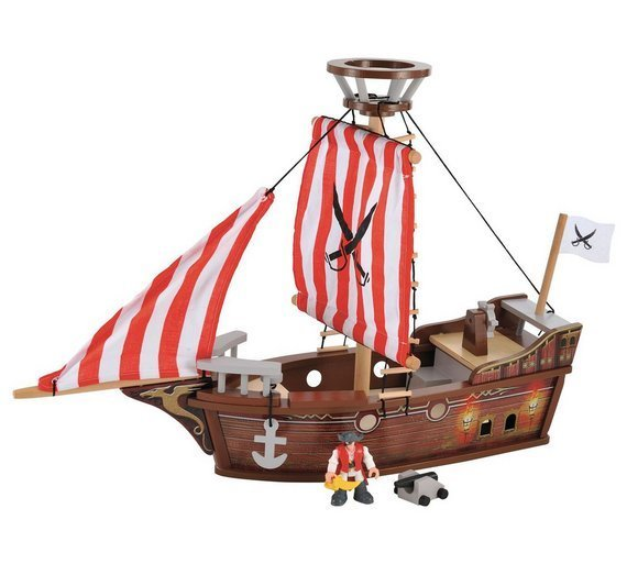 1043: Wooden Pirate ship