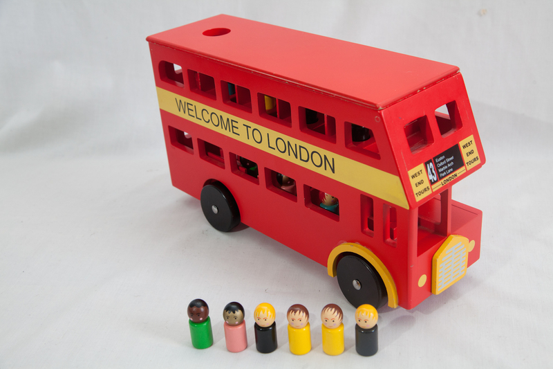 4008: Wooden London Bus