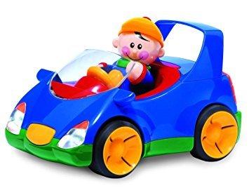 4028: Zoom Along Man in Car