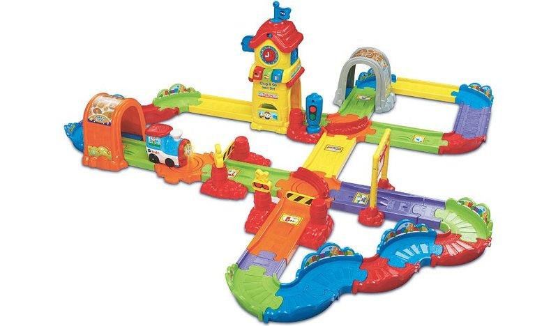 4201: Toot toot chug and go train track
