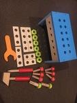 3539: Wooden tool box