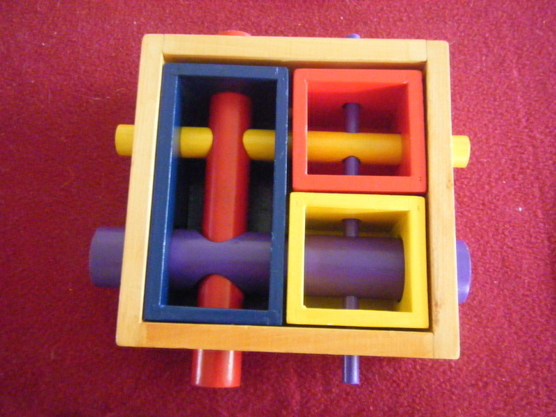 1946: TWIST & ROLL 3D Puzzle