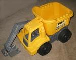 689: Large vehicle dump truck