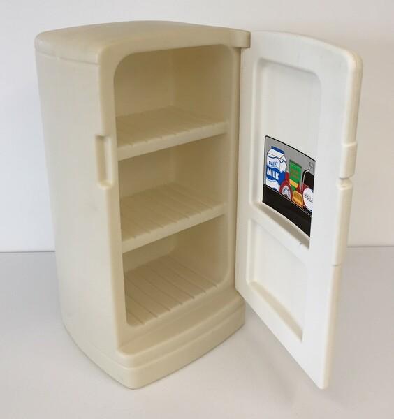 652: Refrigerator