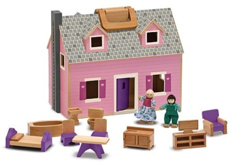 695: Wooden dollhouse