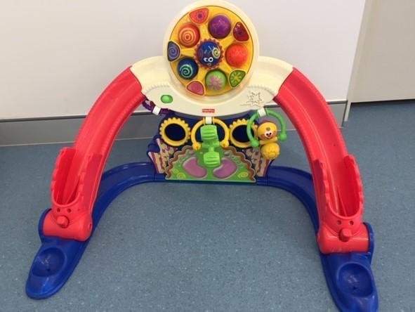 174: Kick & Whirl Carnival Play Gym