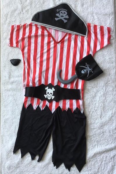 871: Costume: Pirate Boy