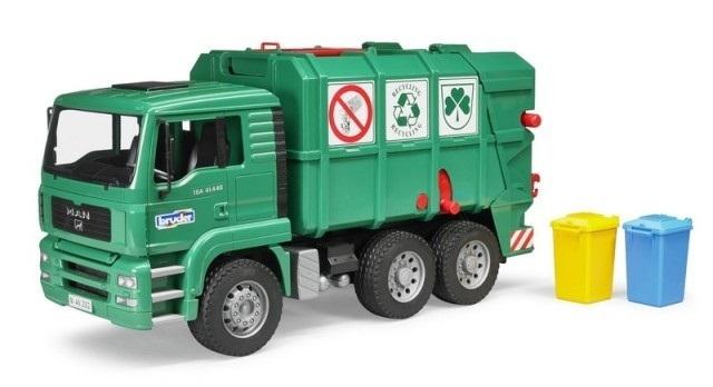 3018: Bruder Garbage truck