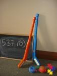 537: Easy Hit Hockey Set