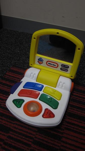 B67_1: Baby Laptop