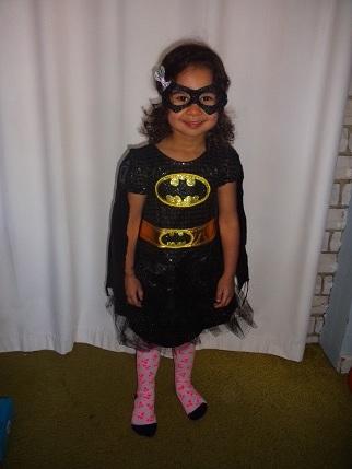E193: Batgirl costume