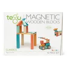 C57: Magnetic wooden blocks