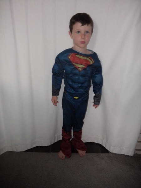 D43: Superman costume