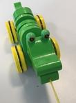 B18: Pull-along-croc