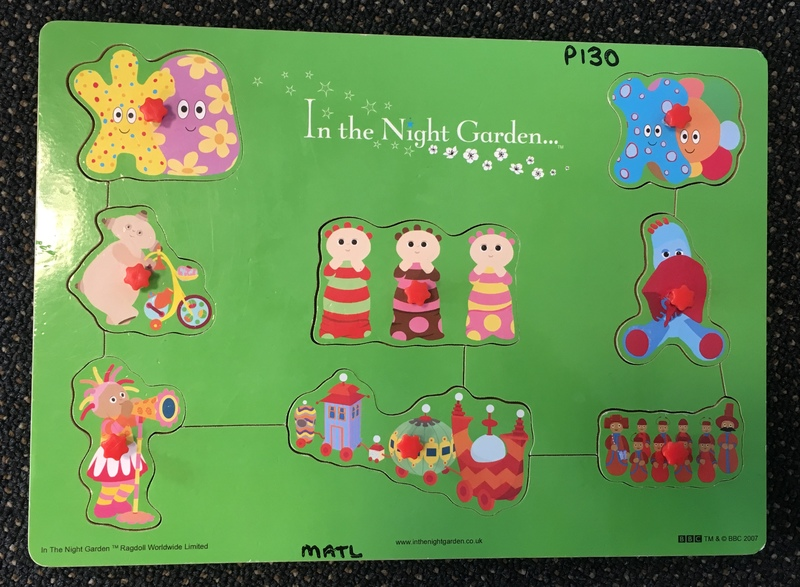 P130: In the Night Garden - Green Puzzle with knobs