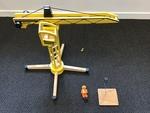 T29: Wooden Crane - Pintoy