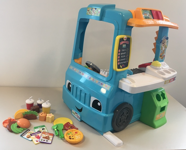 D1801: Fisher-Price Laugh & Learn Servin' Up Fun Food Truck