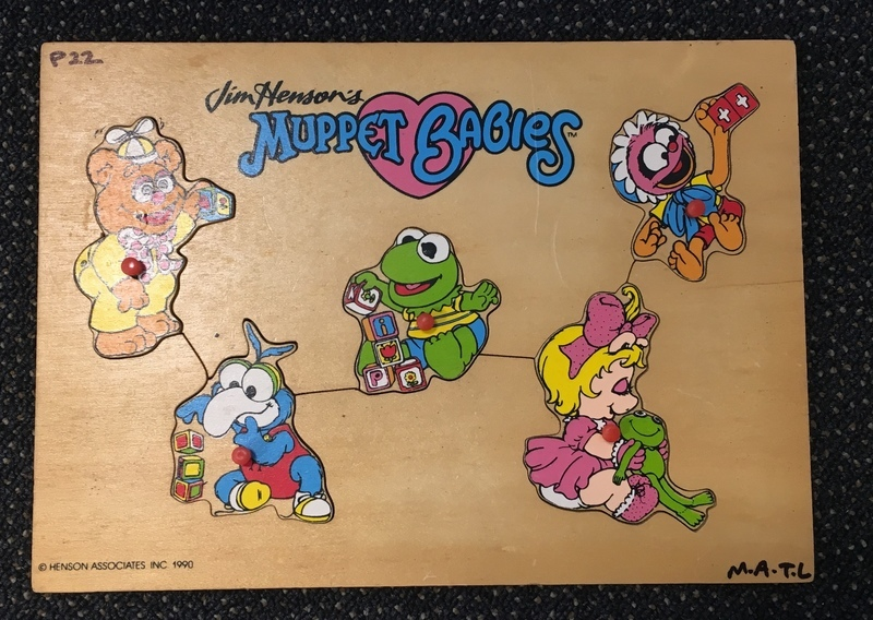 P22: Muppet Babies Puzzle with knobs
