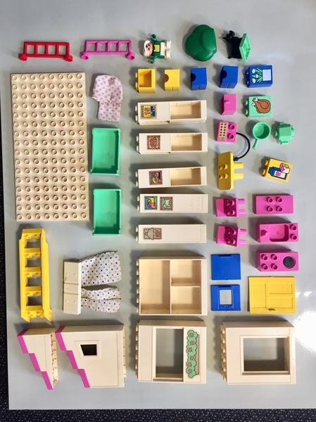 C387: Duplo Play House