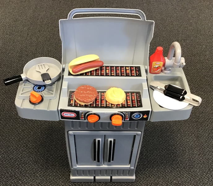 D1902: Little Tikes Cook 'n Grow BBQ Grill