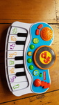 M1902: Fisher Price Musical Kids Studio Piano