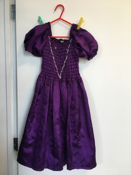 D31: Princess Dress Purple (M)
