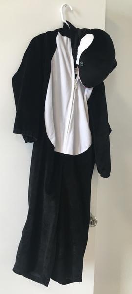 D46: Whale Dress Up