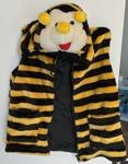 D52: Bee Vest