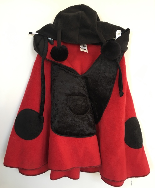D103: Ladybird Cape Dress up