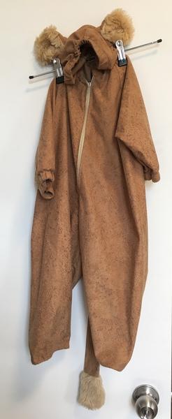 D113: Lion suit dress up (size 2)
