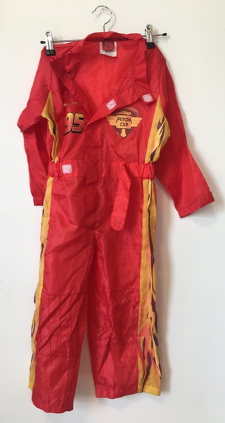 D163: Lightning McQueen Dress Up