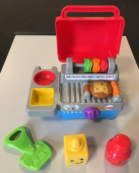 D1701A: Fisher Price BBQ Set