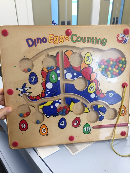 E45: Dino Eggs Magnetic Counting