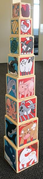 E142: Melissa & Doug Wooden Animal Nesting Blocks